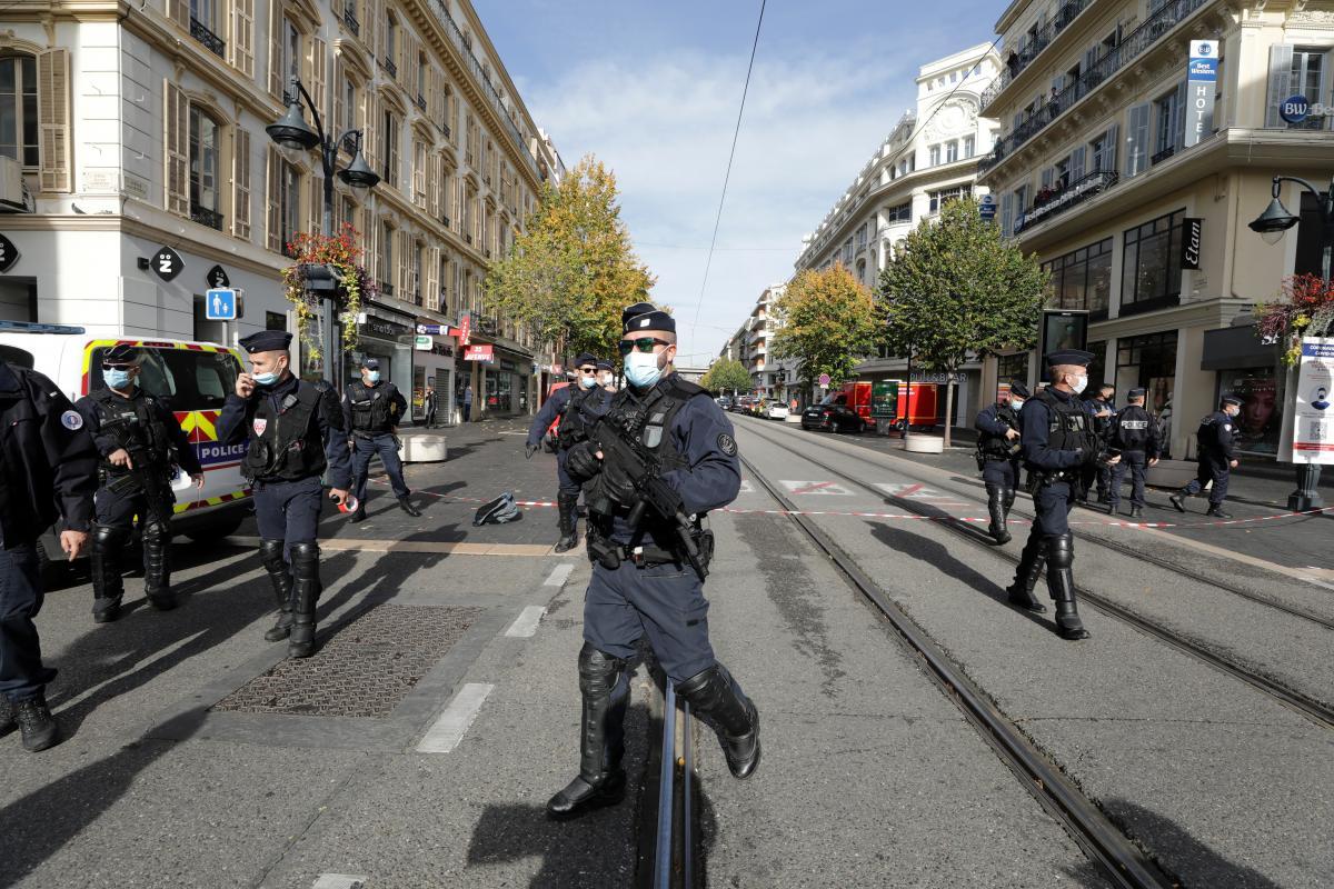Франція переживає сплеск насильства / фото REUTERS