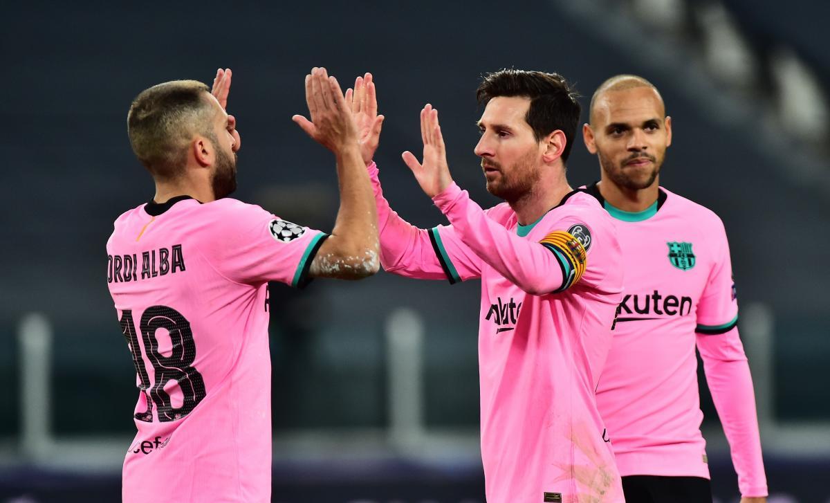 Барселона повинна прийняти Динамо 4 листопада / фото REUTERS