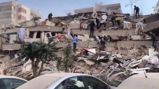 Землетрясение в Турции / скриншот видео
