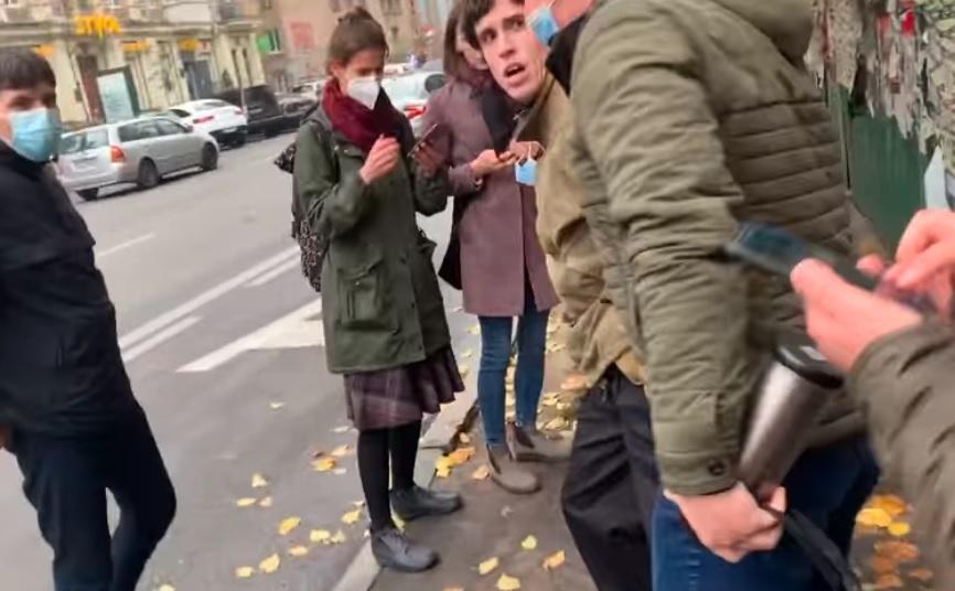 Протесты под КСУ 30 октября - силовики жестко скрутили группу людей / Скриншот