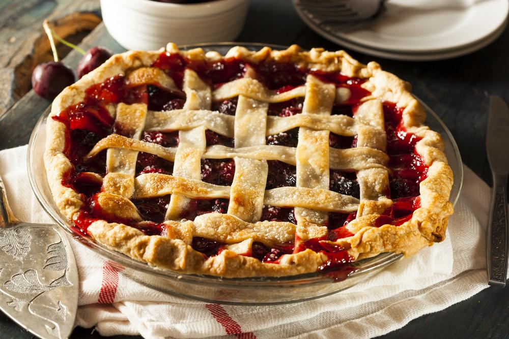 Вишневый пирог рецепт с фото / фото ua.depositphotos.com