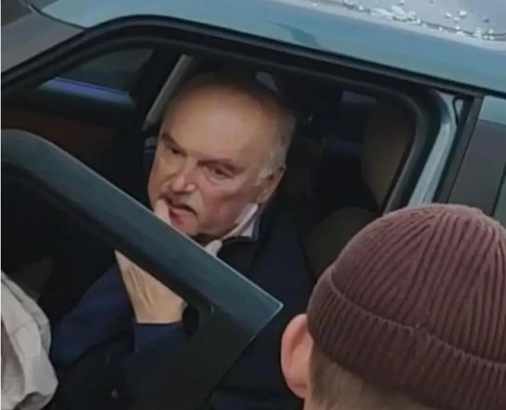 Виновник ДТП на Майдане оказалсялюстрированнымчиновником