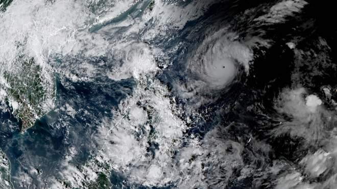 Тайфун Гоні: вигляд з космосу / фото watchers.news