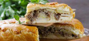 Нежно-сочный мясной пирог: как приготовить вкусную выпечку