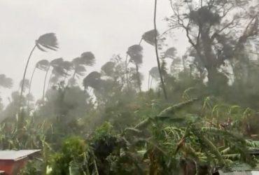 На Филиппины надвигается мощный тайфун: эвакуированы тысячи людей