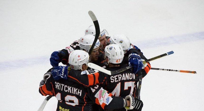 Донбас не зміг захистити титул: визначився чемпіон Української хокейної ліги (відео)