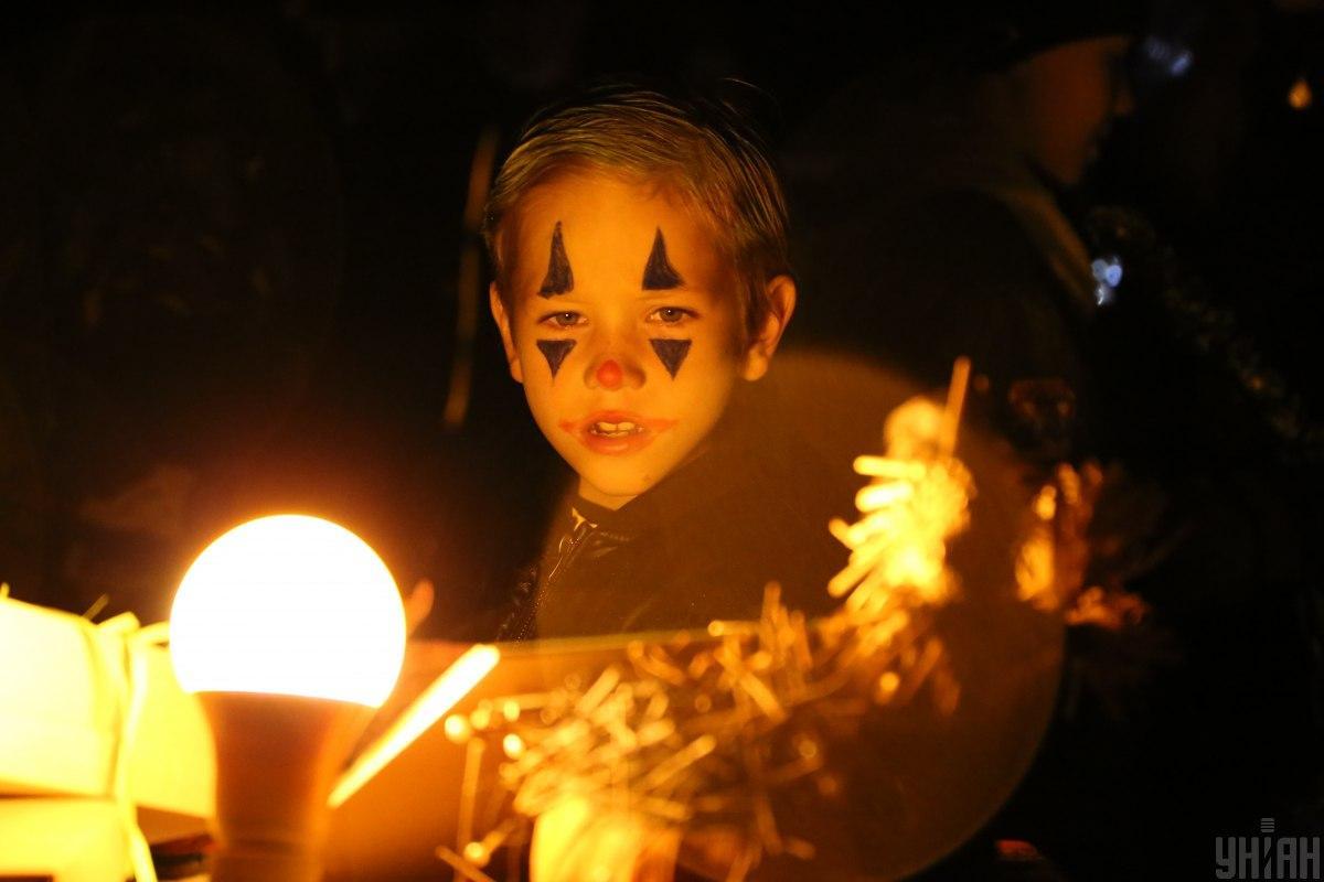 В киевском ботсаду в честь Хэллоуина проводят праздник / фото УНИАН, Денис Прядко