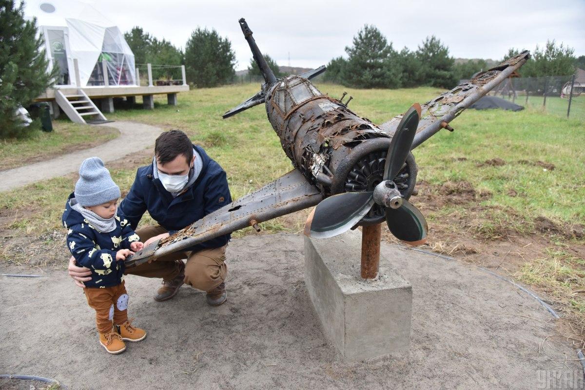Музей разбитых самолетов под Львовом / фото УНИАН (Павел Паламарчук)