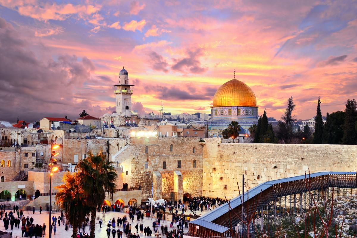 Израиль ослабляет карантин / фото ua.depositphotos.com