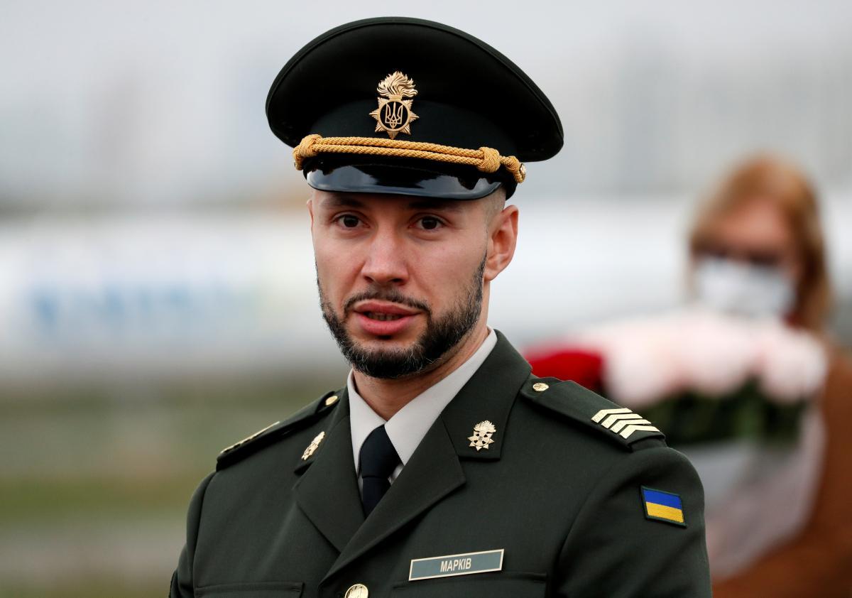Маркив прибыл в ООС вместе со съемочной группой / фото REUTERS