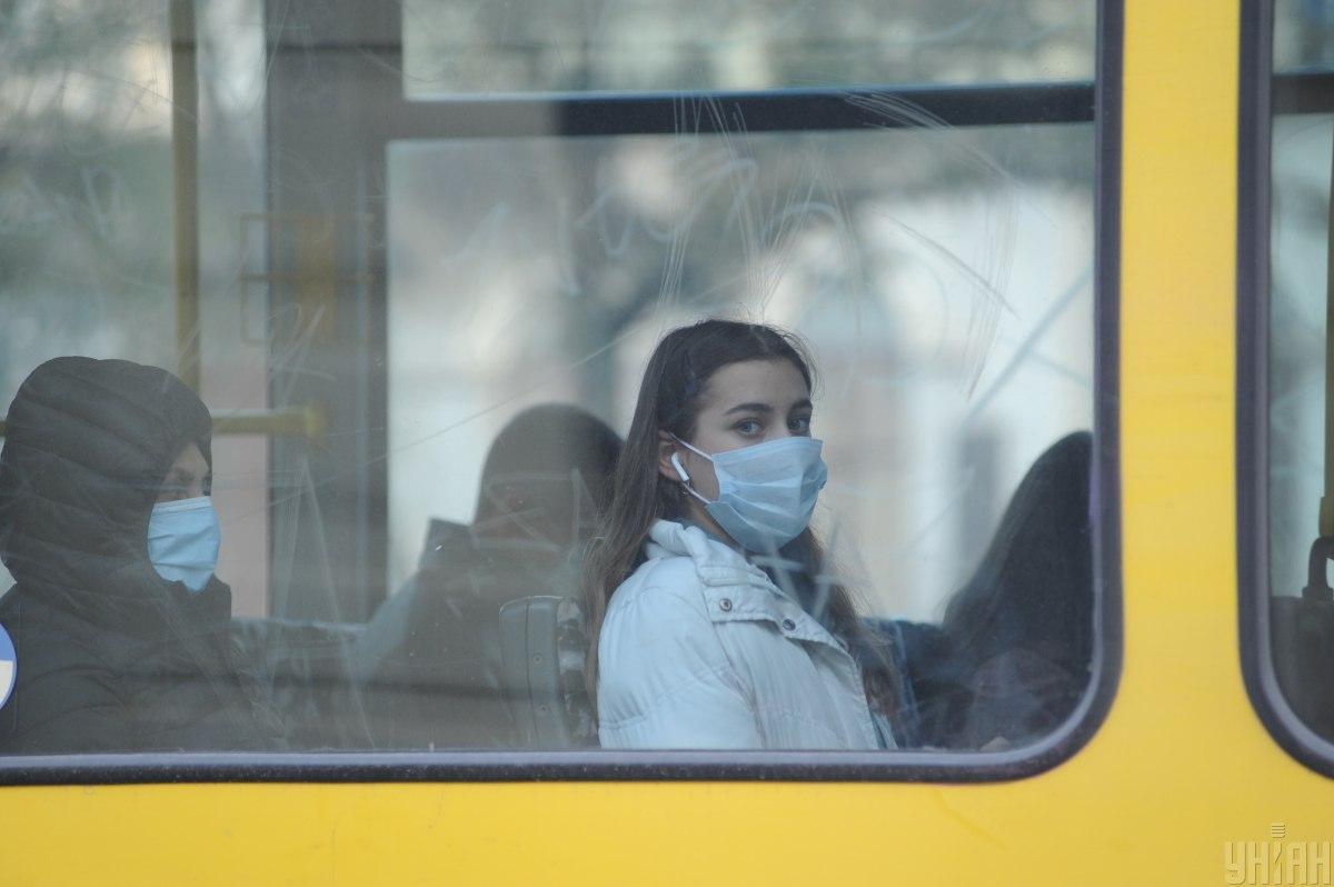 Штраф за отсутствие маски - Степанов объяснил, как по-новому будут штрафовать граждан / Фото УНИАН, Николай Тыс