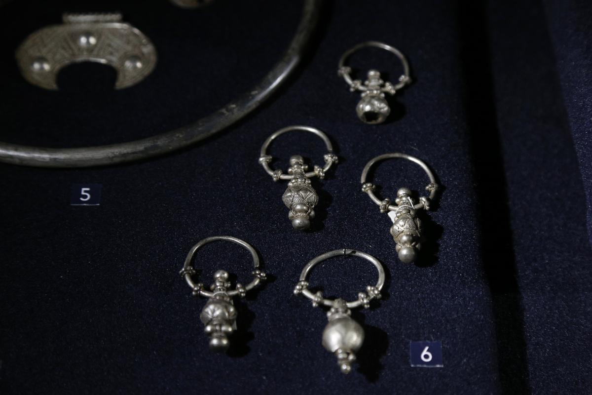 «Клад ювелира» Х века, найденный на раскопках городища Червоне