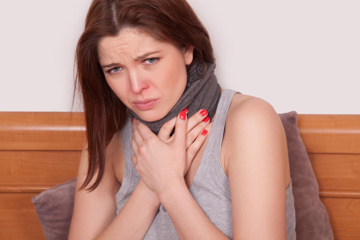 Боль в горле - причины / фото ua.depositphotos.com