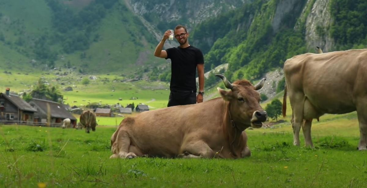 Антон Птушкин в Швейцарии / фото пресс-службы «1+1»
