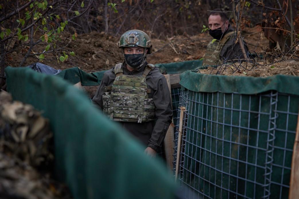 Зеленский находится с рабочей поездкой на Луганщине / фото president.gov.ua