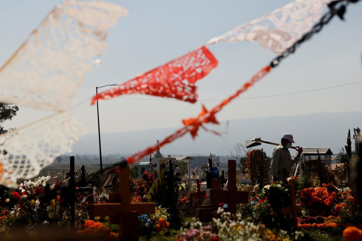 В Мексике крупную партию наркотиков нашли на кладбище \ фото REUTERS