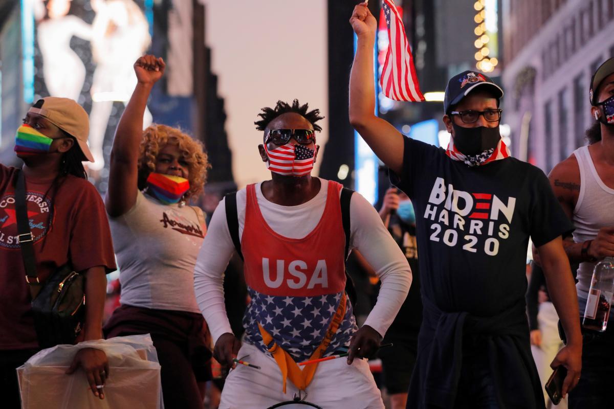 Участие в протестах примет огромное количество сторонников президента Дональда Трампа, пишет USA Today / REUTERS