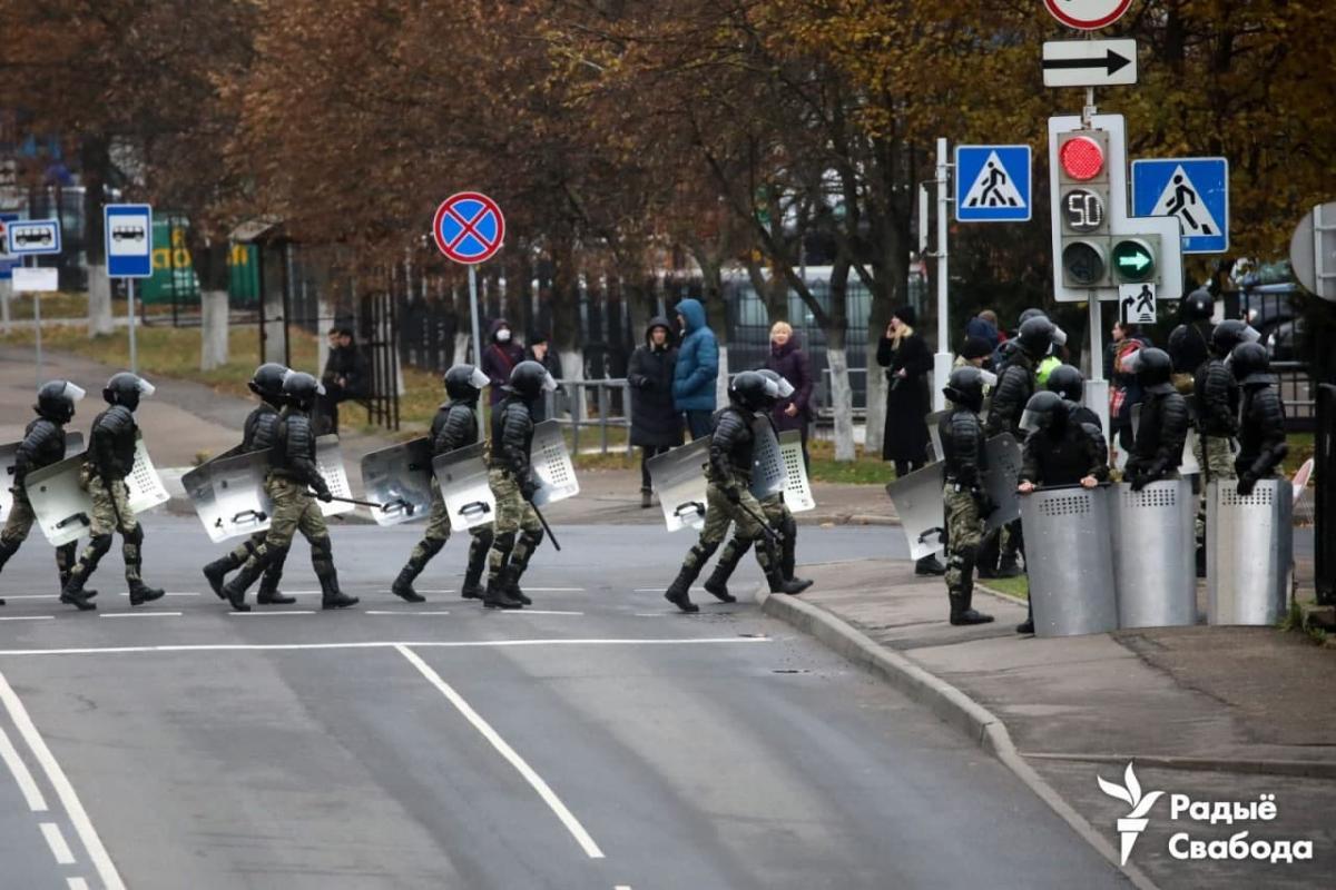 В центр Минска стянули силовиков / фото t.me/radiosvaboda