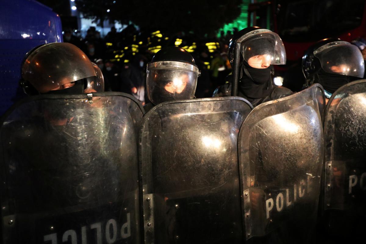 Акция протеста в Тбилиси / фото REUTERS