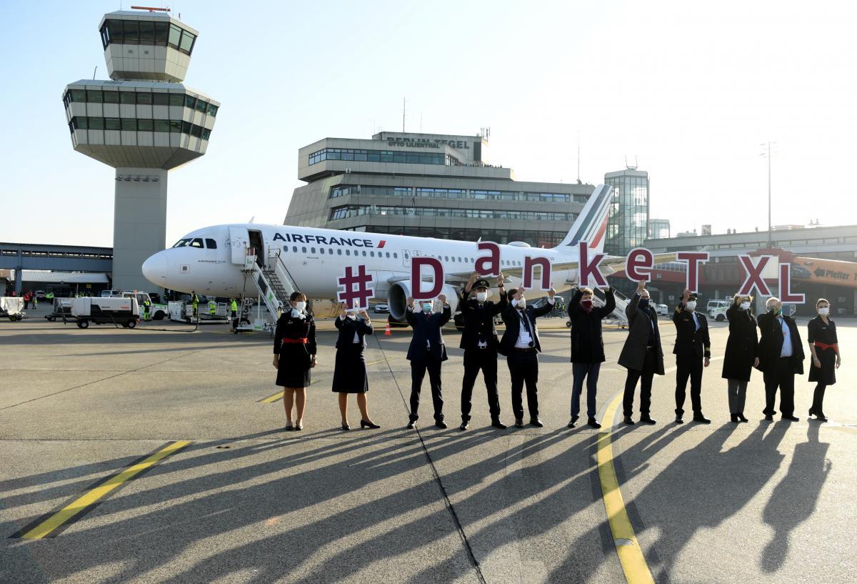 Последний рейс из аэропорта Берлин-Тегель 8 ноября 2020 года / фото REUTERS