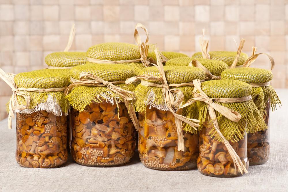Как приготовить маринованные грибы / фото ua.depositphotos.com