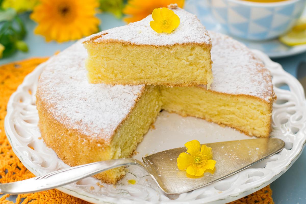 Как приготовить белый бисквит / фото ua.depositphotos.com