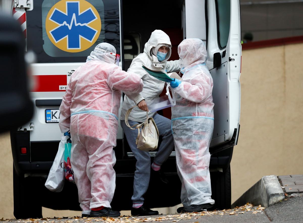 Коронавирус новости - ВОЗ дала новый прогноз на фоне успешных испытаний вакцины от COVID-19 / Фото: REUTERS