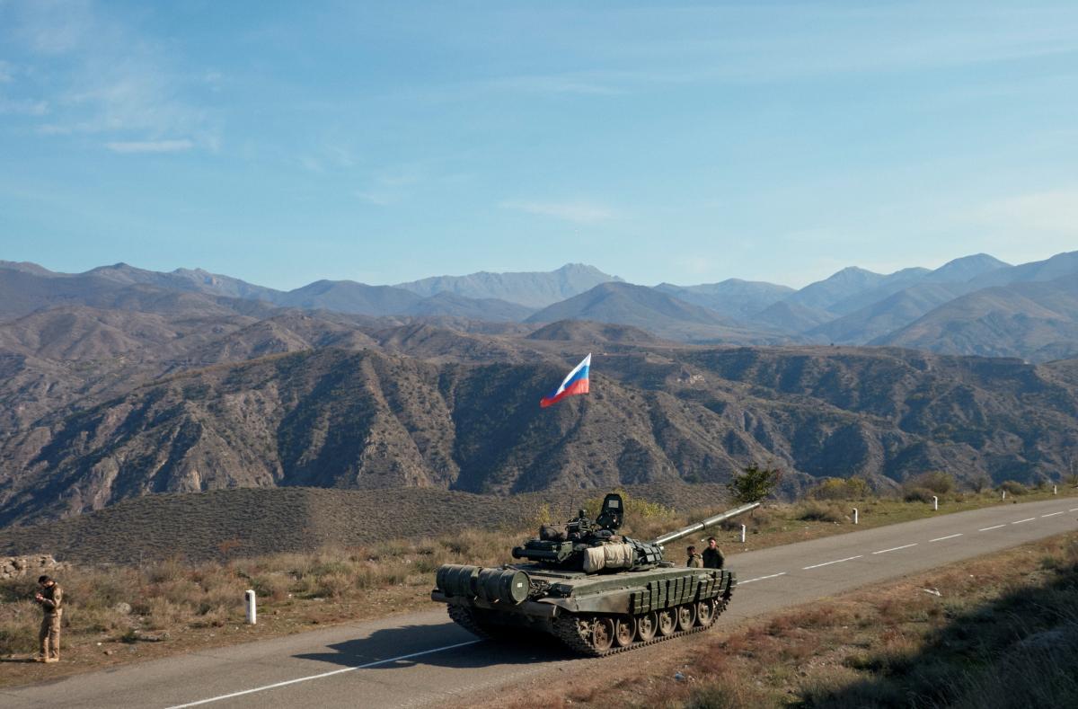 России наплевать на судьбу Нагорного Карабаха, ей нужно лишь военное присутствие в регионе / фото REUTERS