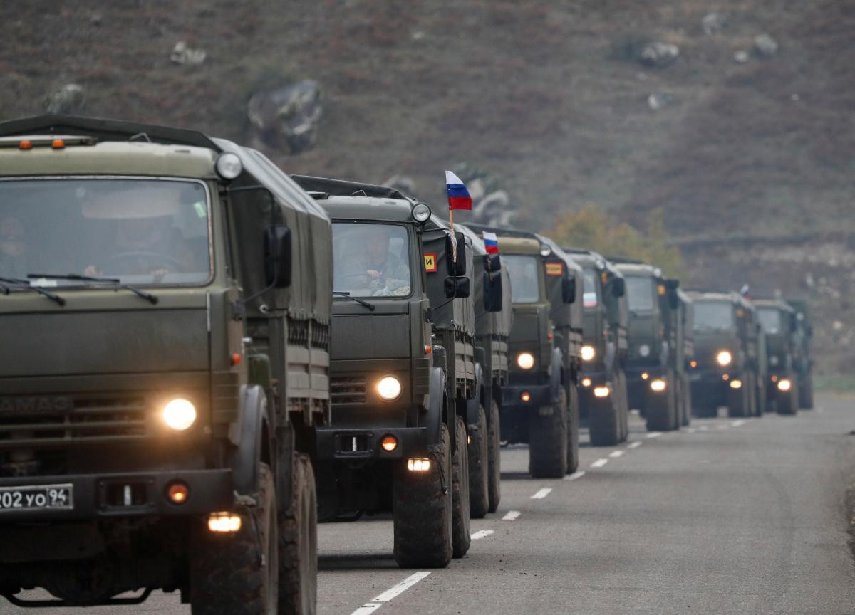 Грады РФ заметили с так называемыми российскими миротворцами в Карабахе / REUTERS