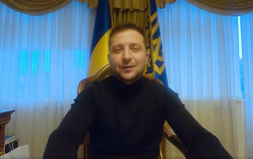 Владимир Зеленский записал очередное видео из больницы / скрин видео