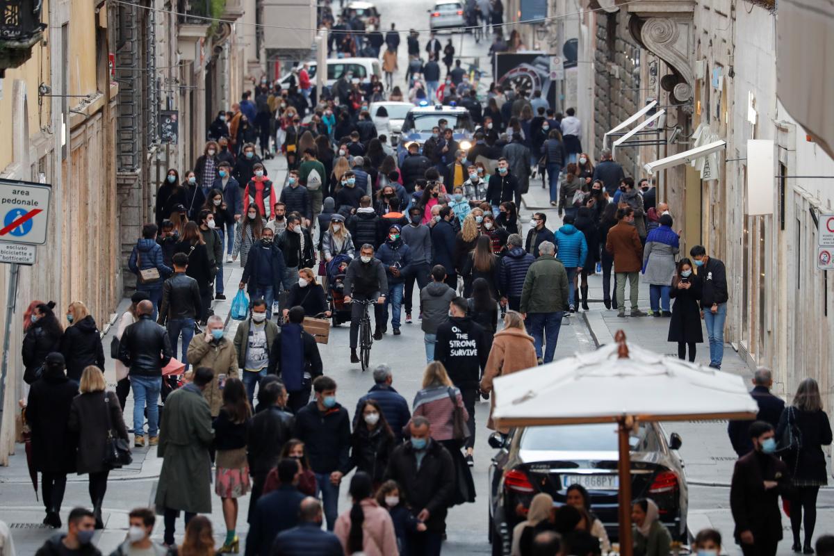 В Италии зафиксировали рекордную смертность от коронавируса / фото REUTERS