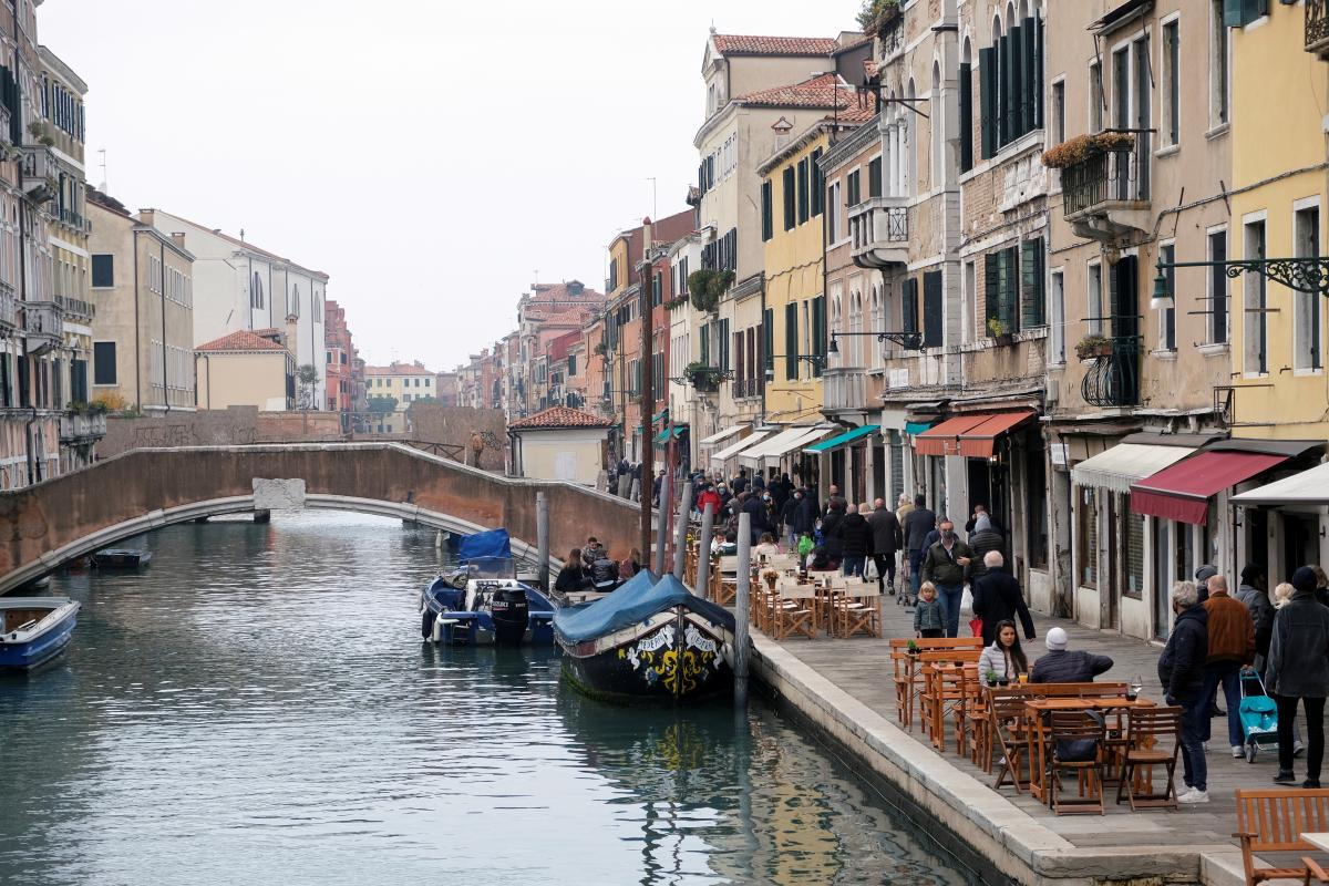Коронавирус в Италии мог циркулировать в стране еще раньше, чем считалось до этого / фото REUTERS