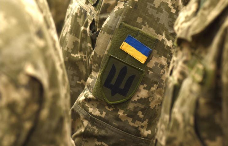 Подозреваемого военнослужащего задержали / фото depo.ua