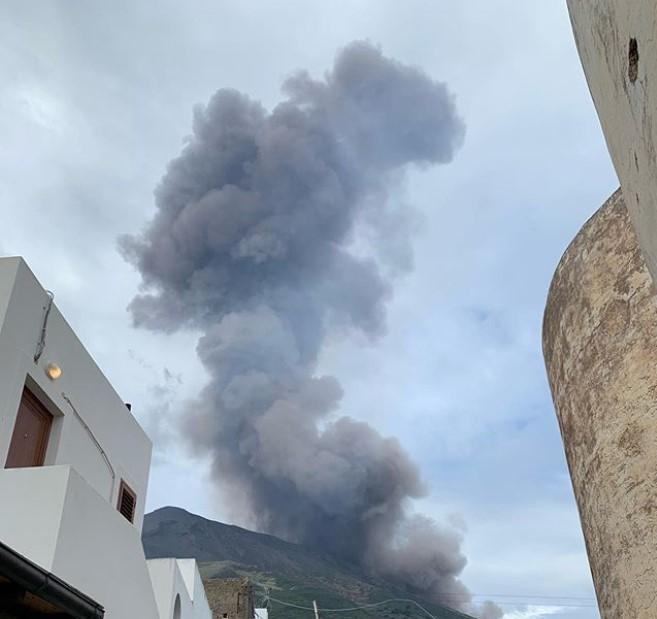 В Италии пробудился вулкан/ Instagram, valeriabuccini