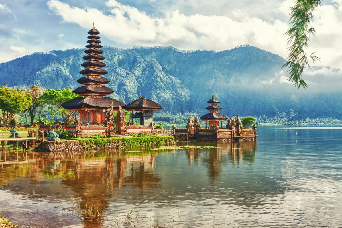 На Бали хотят запретить алкоголь / фото ua.depositphotos.com
