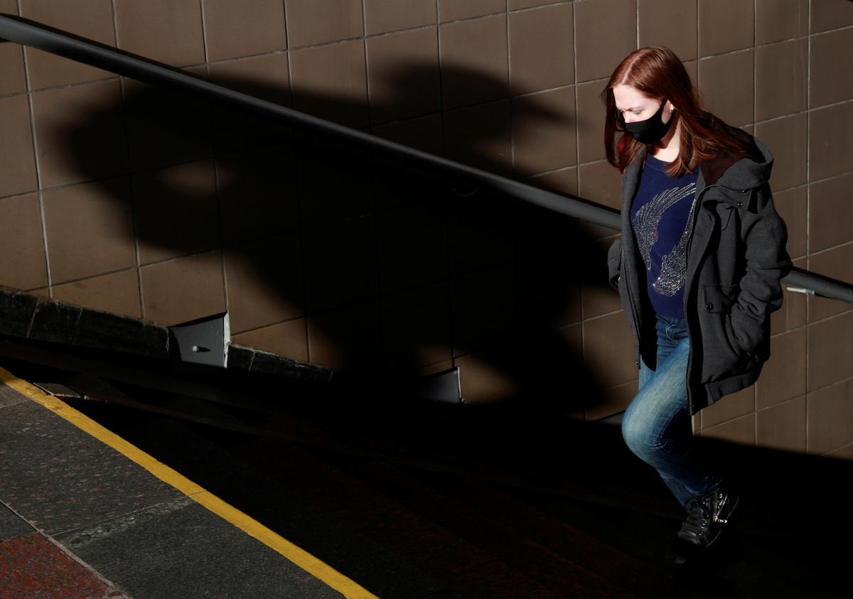 Какова сезонность коронавируса, рассказала Голубовская / фото REUTERS