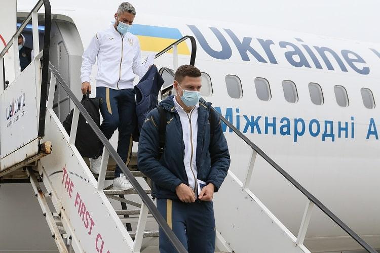 Украинские футболисты вернулись из Швейцарии / фото УАФ