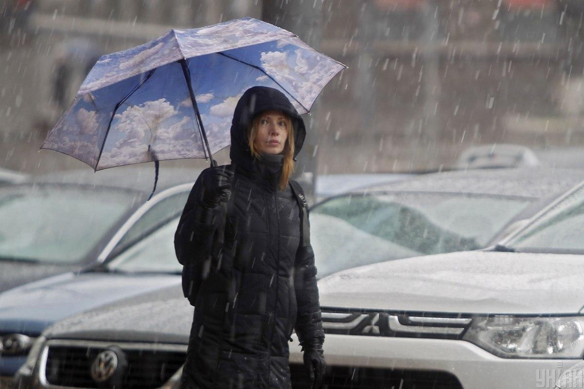 В Україні очікується мокрий сніг / фото УНІАН