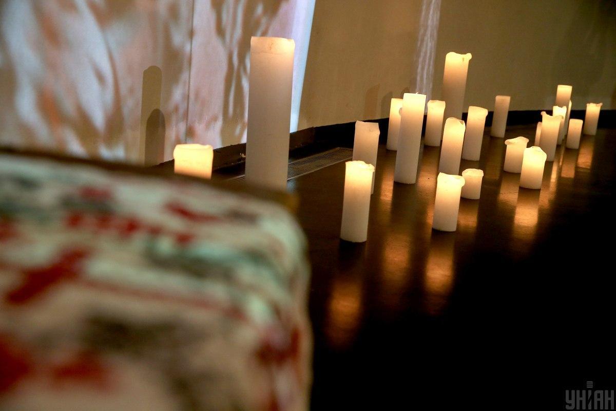 День памяти жертв голодоморов установлен установлен в1998 году / фото УНИАН, Вячеслав Ратынский
