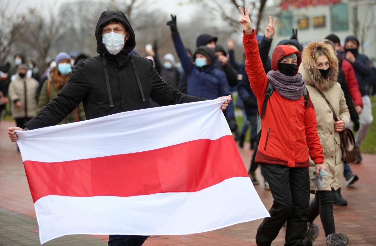 Беларусь теряет поколение, которое могло изменить ее к лучшему / фото Reuters