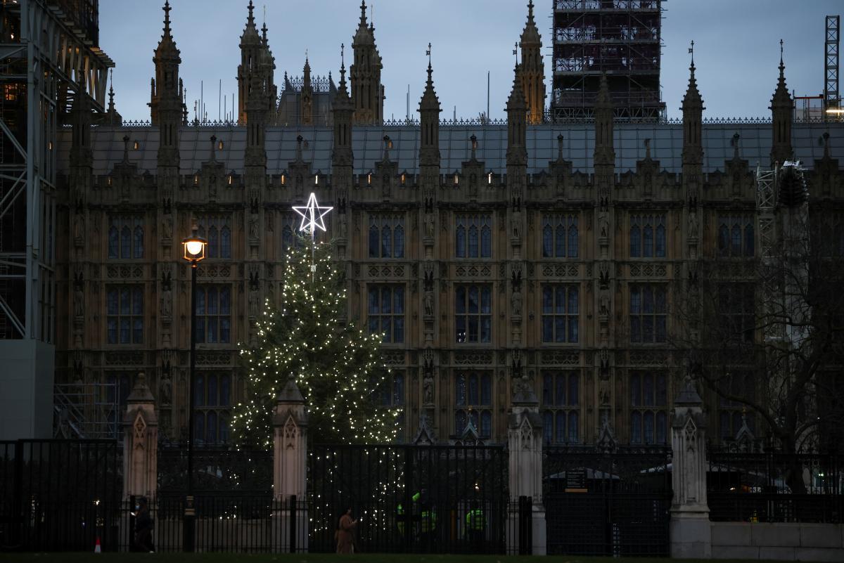 Новыйпланбудет содержатькарантинные ограничения на время рождественских праздников / фото REUTERS