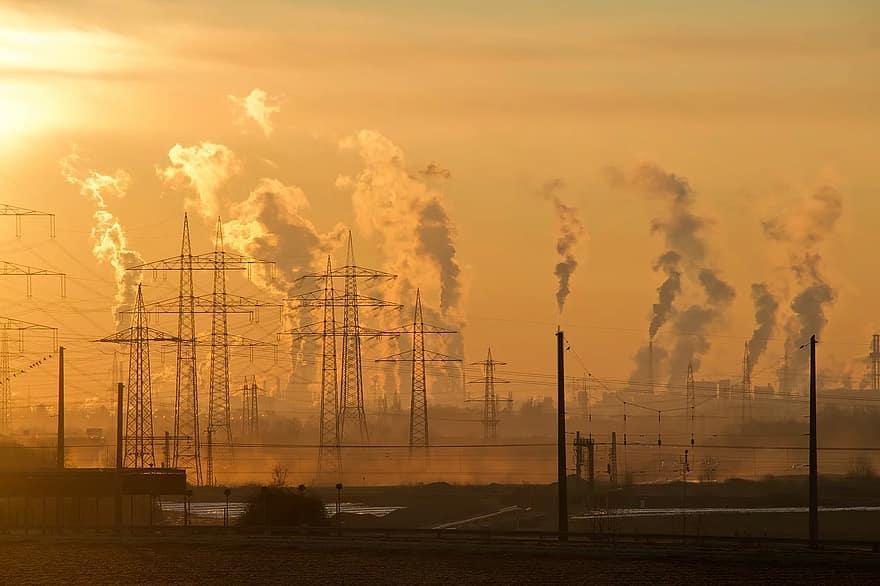 Україна посідає п'тнадцяте місцеу світі за рівнем смертності через забруднення повітря / фото Pikist