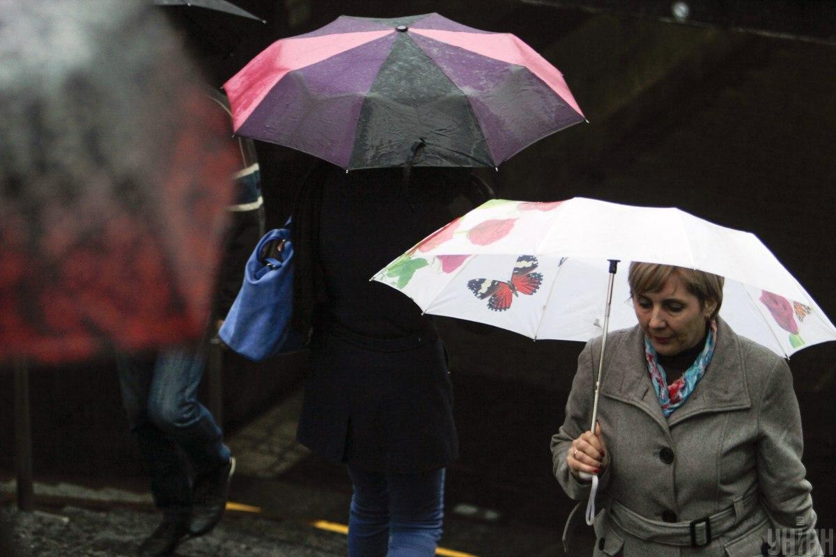 Столицу продолжат заливать дожди / фото УНИАН