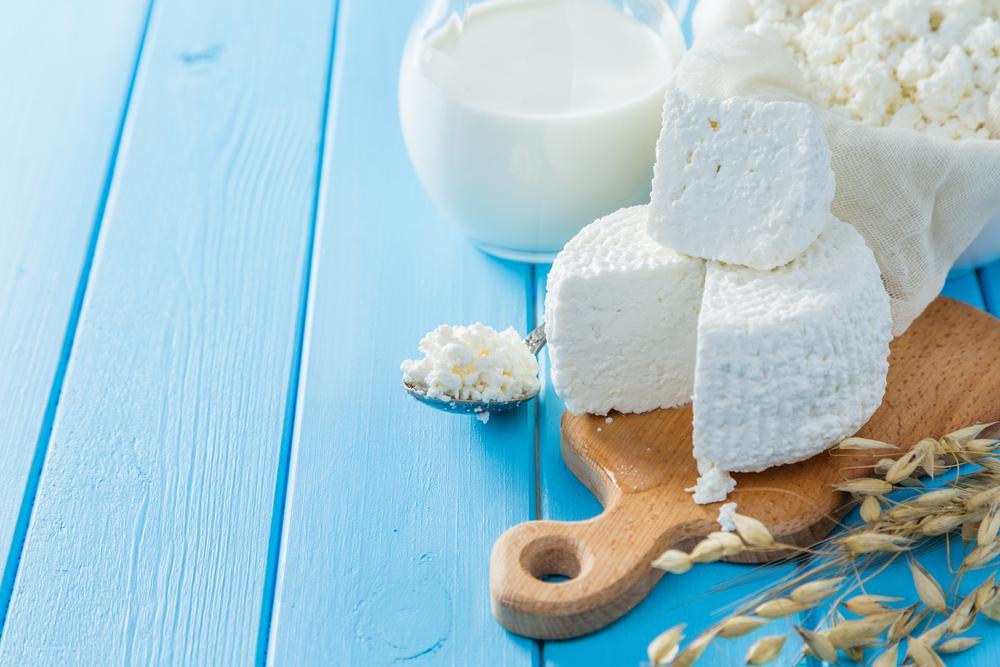 Рецепты домашнего сыр из молока / фото ua.depositphotos.com