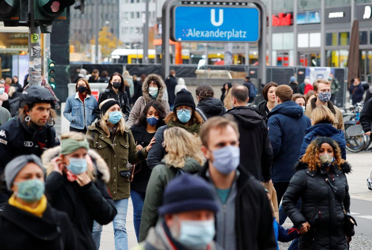 Германия собирается продлить локдаун после 10 января / фото REUTERS