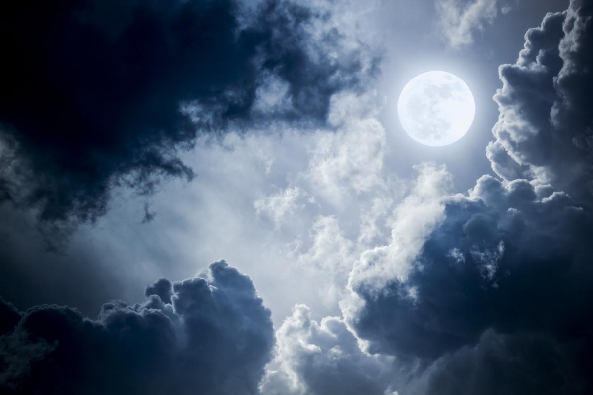 Лунный календарь на август / ua.depositphotos.com