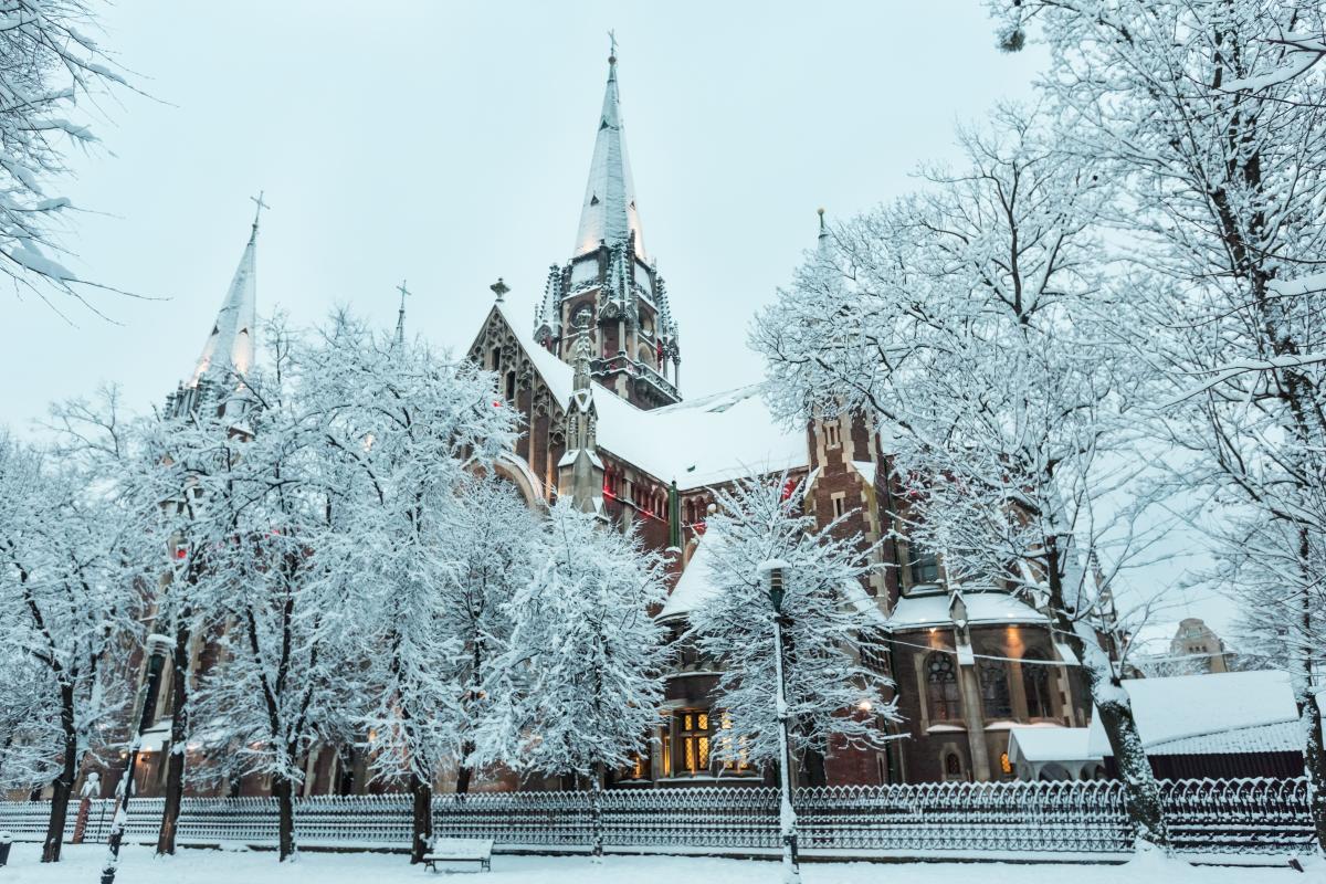 Декабрь 2020 - православные праздники на каждый день / фото ua.depositphotos.com