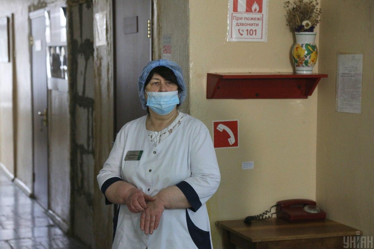 Ляшко вимагає, щоб медики були у штаті кожної школи / фото УНІАН, Віктор Ковальчук