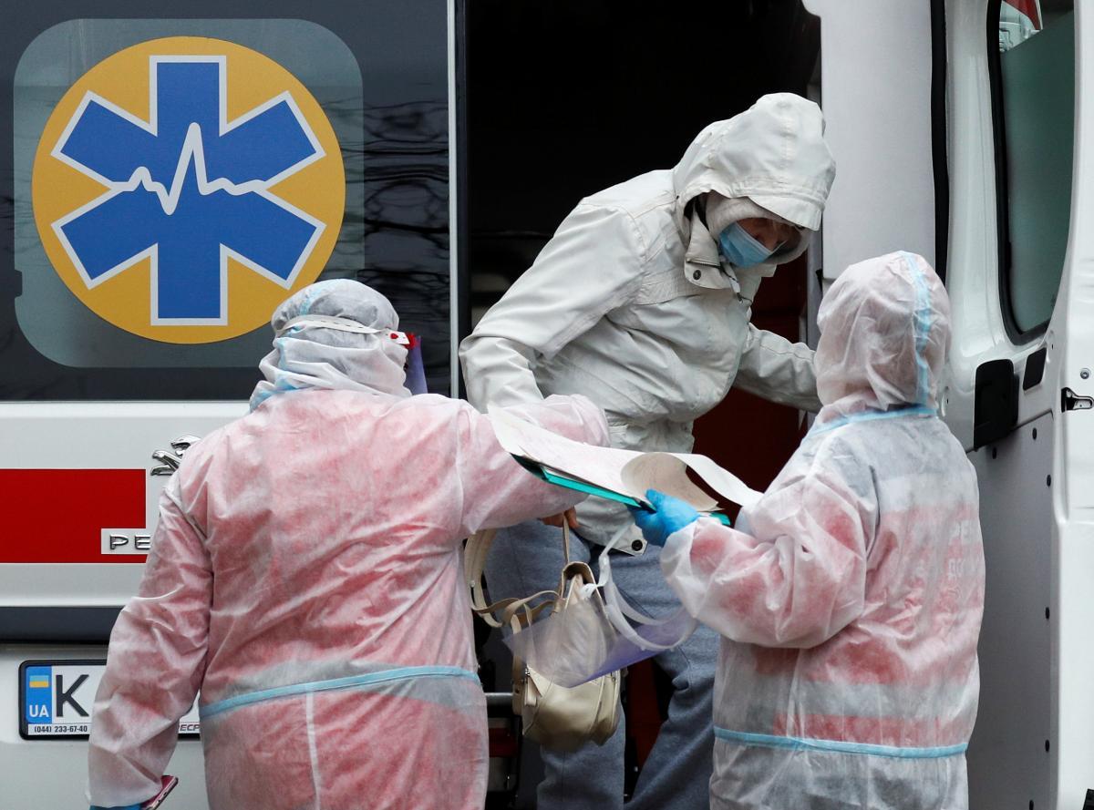 В Киеве увеличивается количество новых больных коронавирусом \ фото REUTERS