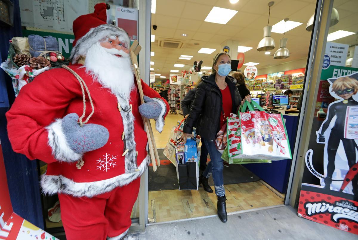 Во Франции на Новый год введут комендантский час / фото REUTERS